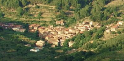 Panoramica-robledillo-sierra-de-gata_crop